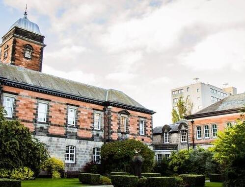 2016年英国留学最年轻的大学前十名排行