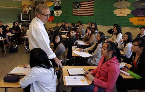 美国最贵私立高中申请误区及高中课程种类